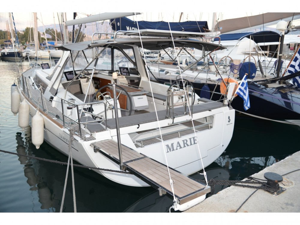 Rental Sailboat in Alimos Marina - Bénéteau Oceanis 41