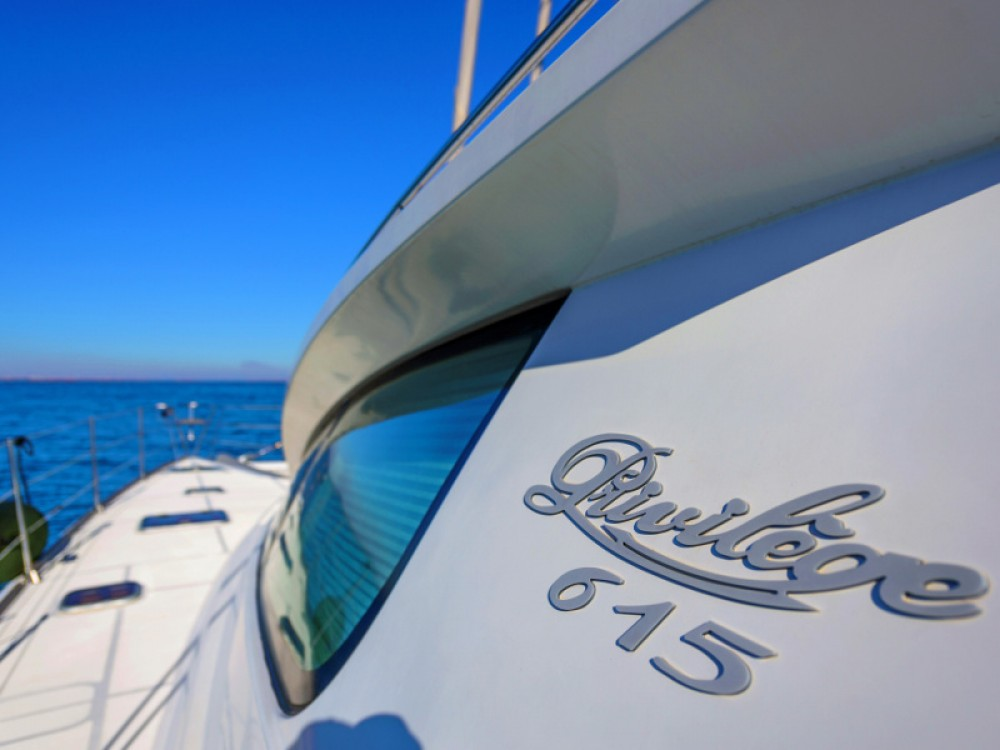 Boat rental Alliaura Privilege 615 in Islas Baleares on Samboat