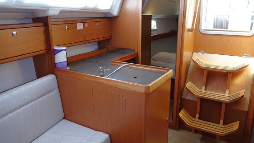 Boat rental Grad Zadar cheap Bavaria Cruiser 33