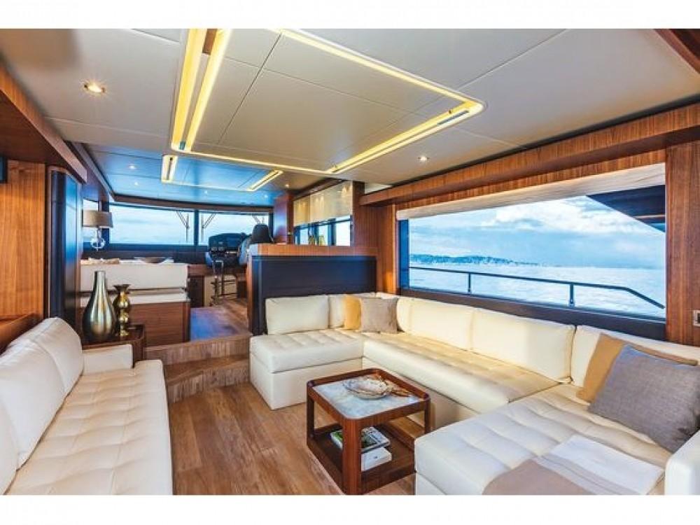 Boat rental Absolute Navetta 58 in Rogoznica on Samboat