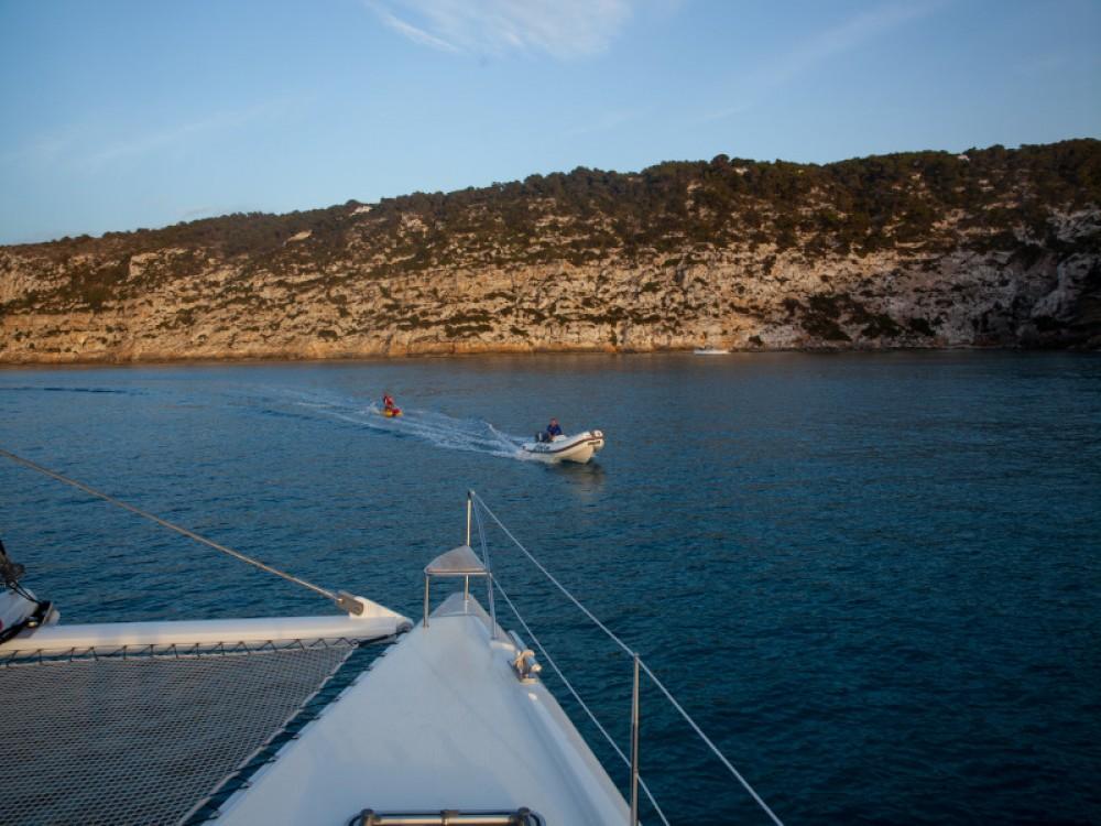 Catamaran for rent Gavà at the best price