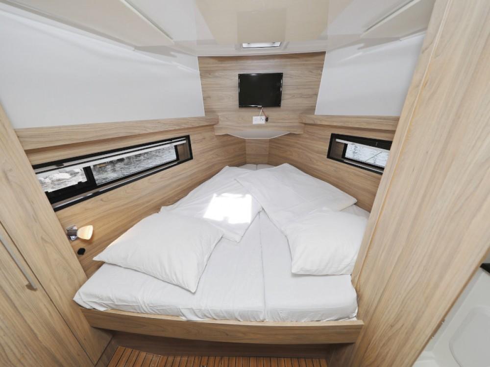 Boat rental Sukošan cheap Futura 40 Grand Horizon
