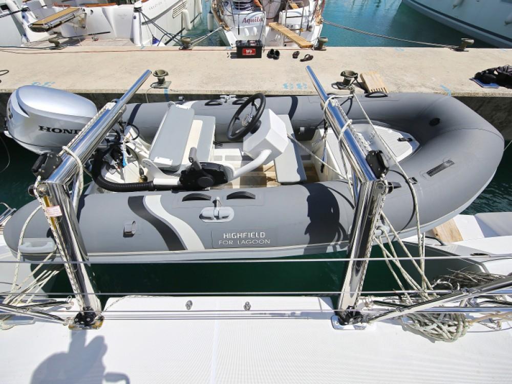 Boat rental Lagoon Lagoon 450 F in  on Samboat