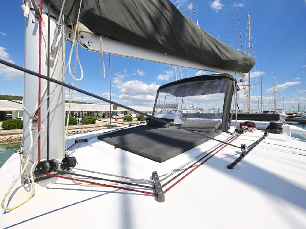 Rental Catamaran in  - Lagoon Lagoon 450 F