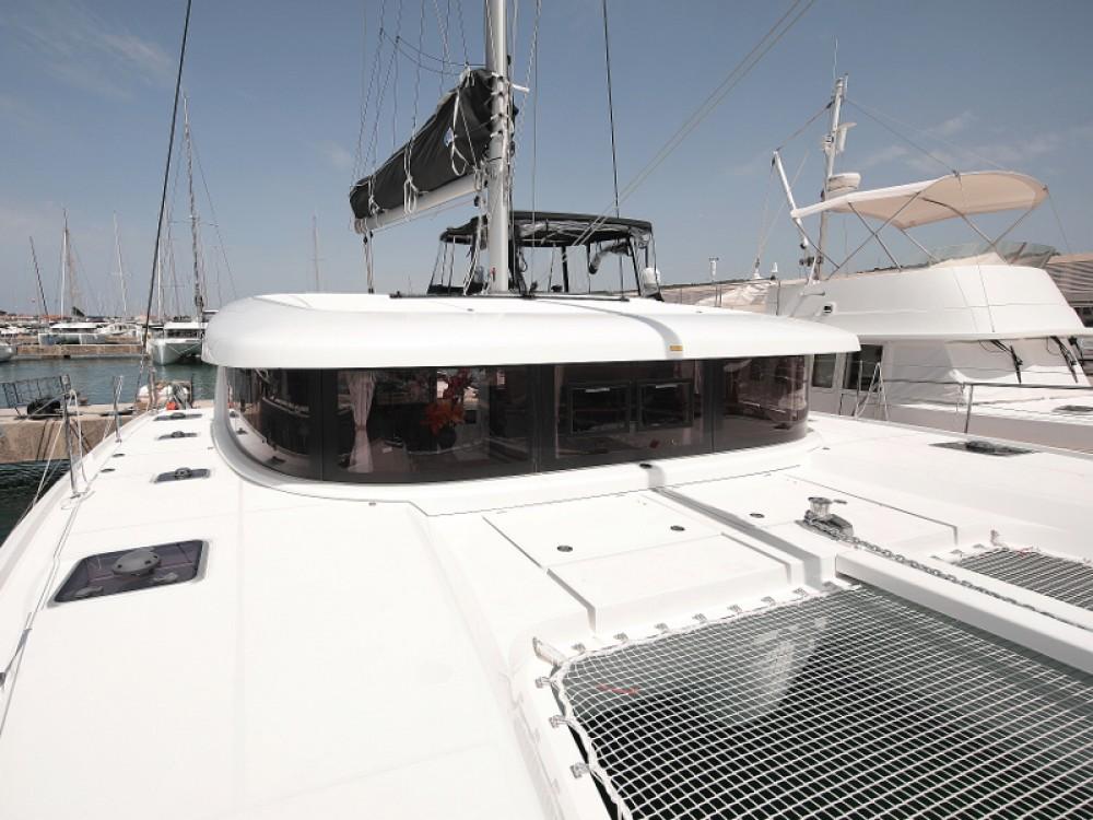 Rental Catamaran in Sukošan - Lagoon Lagoon 42