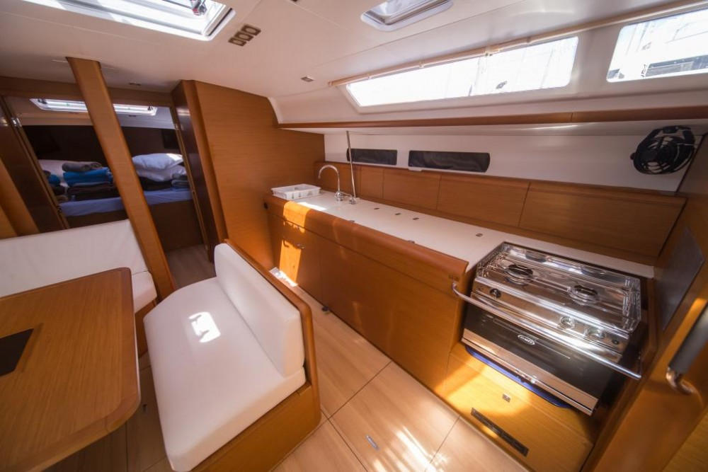 Rental Sailboat in Trogir - Jeanneau Sun Odyssey 479