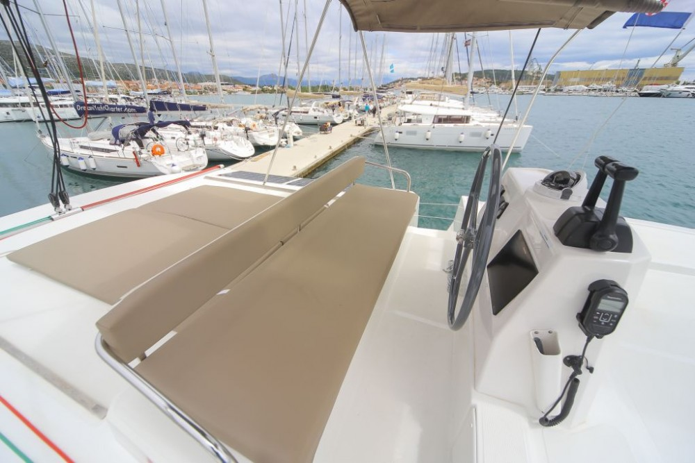 Boat rental Catana Bali 4.5 in Trogir on Samboat