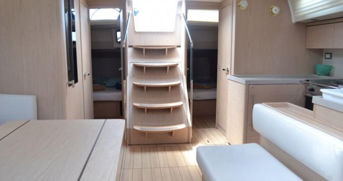 Rental yacht Traù - Bénéteau Oceanis 51.1 on SamBoat