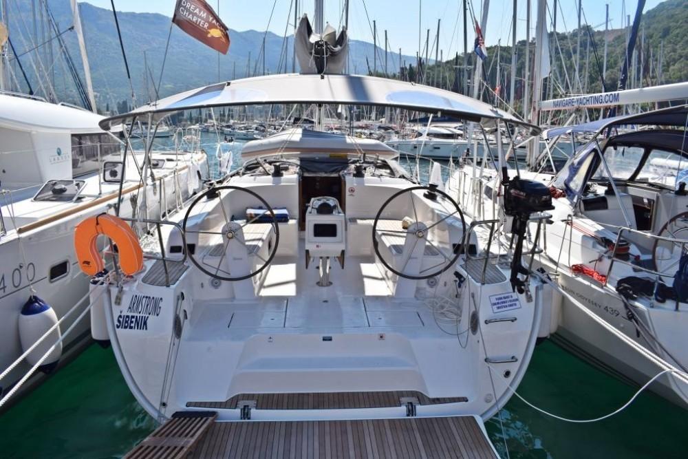 Rent a Bavaria Bavaria Cruiser 46 Dubrovnik