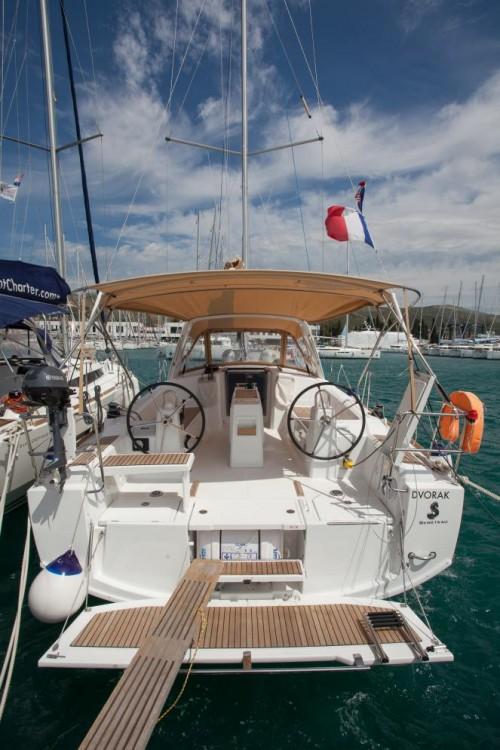 Rental yacht Trogir - Bénéteau Oceanis 38 on SamBoat