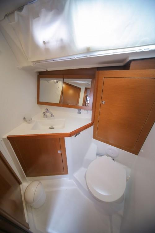 Rental yacht Trogir - Bénéteau Oceanis 45 on SamBoat