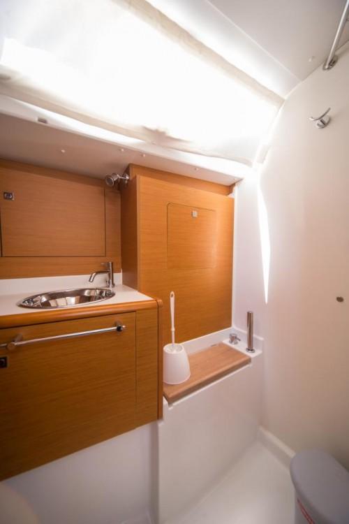 Boat rental Jeanneau Sun Odyssey 449 in Trogir on Samboat