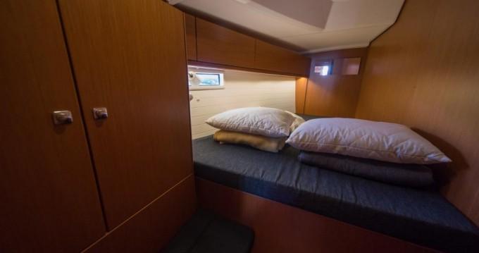 Rental Sailboat in Traù - Bavaria Bavaria Cruiser 46