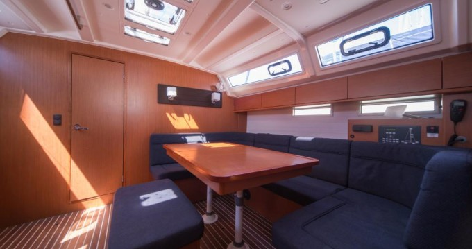 Boat rental Traù cheap Bavaria Cruiser 46