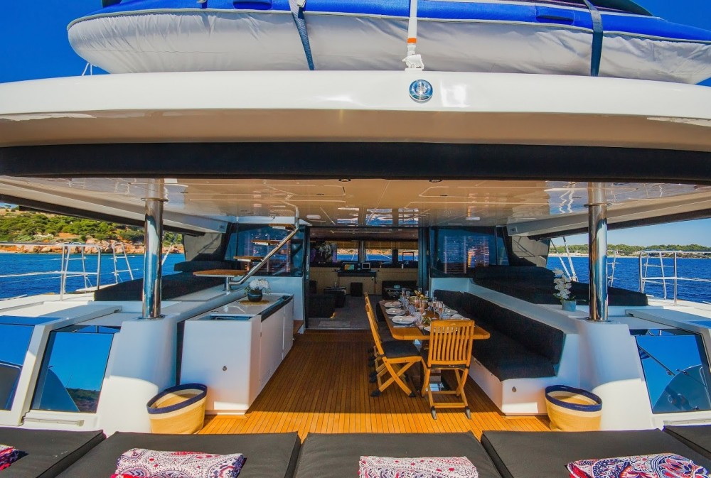 Hire Catamaran with or without skipper Lagoon Athens