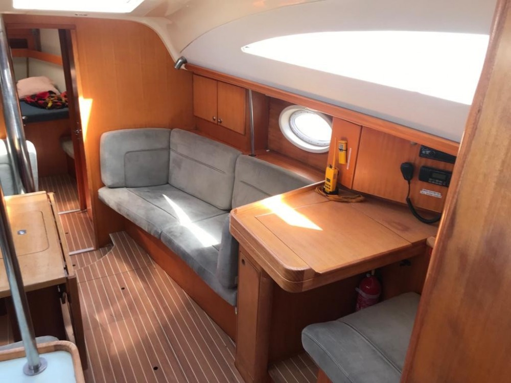 Boat rental Elan Elan 434 Impression in Canary Islands on Samboat