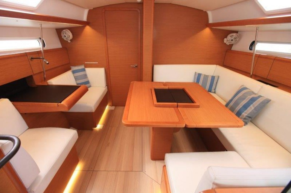 Boat rental Road Town cheap Sun Odyssey 419