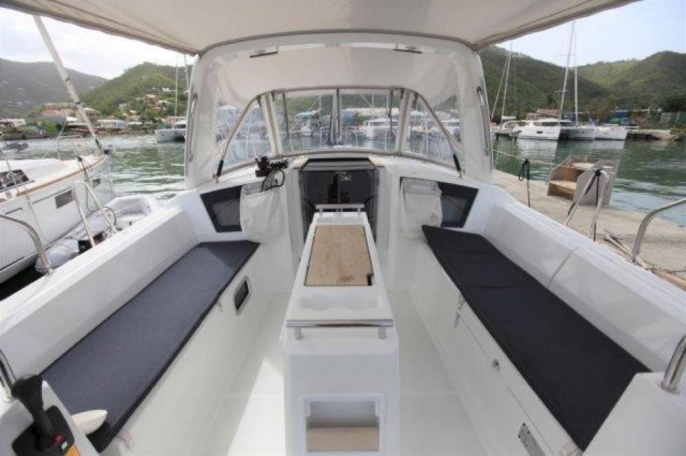 Rental yacht Road Town - Bénéteau Oceanis 38.1 on SamBoat