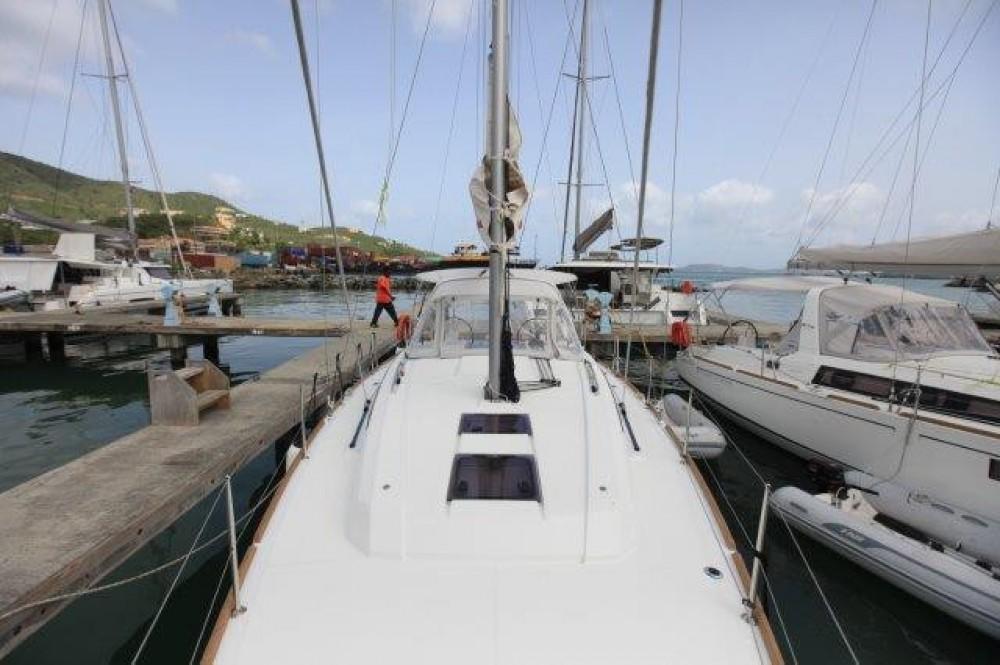 Boat rental Road Town cheap Oceanis 38.1