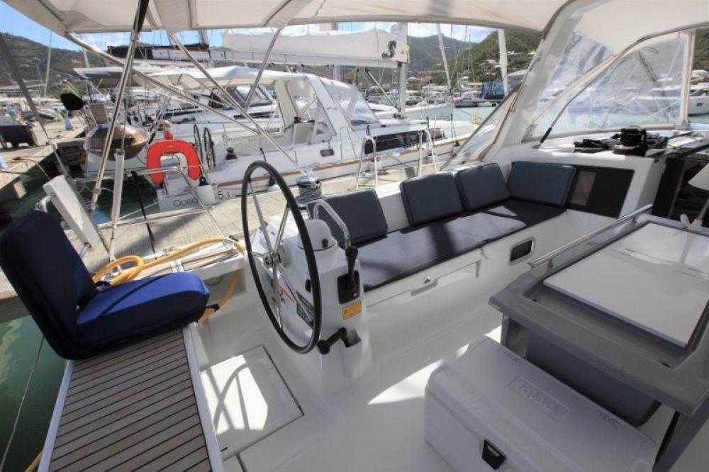 Rental Sailboat in Road Town - Bénéteau Oceanis 48