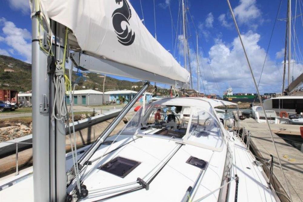 Boat rental Bénéteau Oceanis 48 in Road Town on Samboat