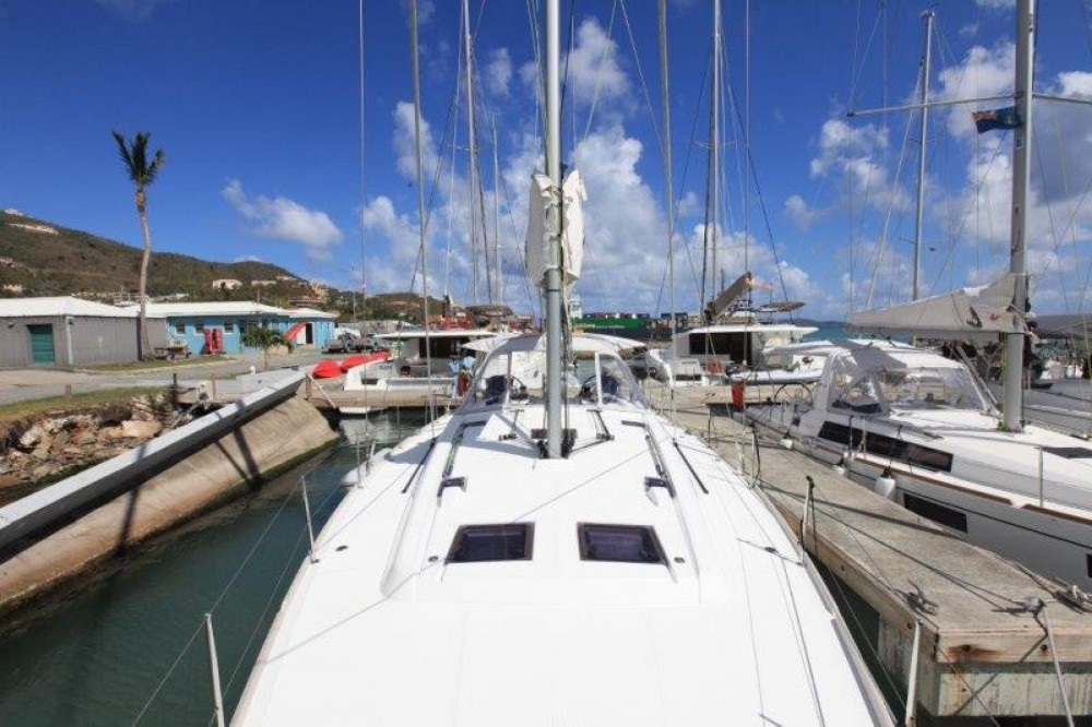 Rental yacht Road Town - Bénéteau Oceanis 48 on SamBoat