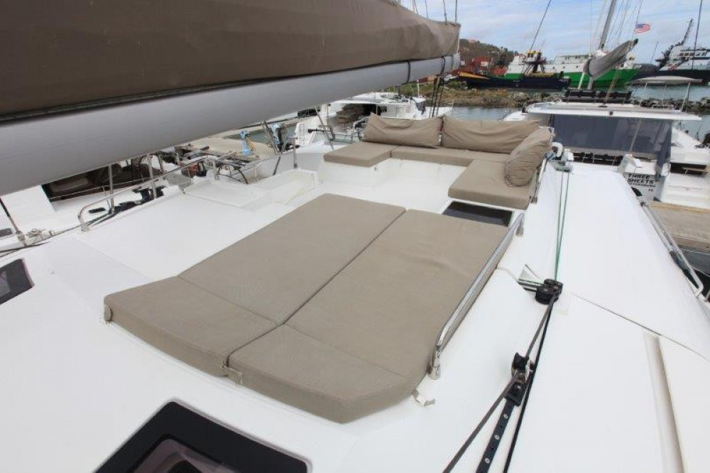 Rental Catamaran in Road Town -  Saba 50