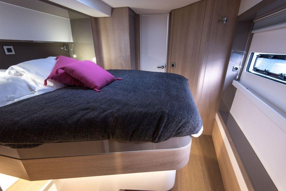 Rental yacht Athens -  Bal 5.4 on SamBoat