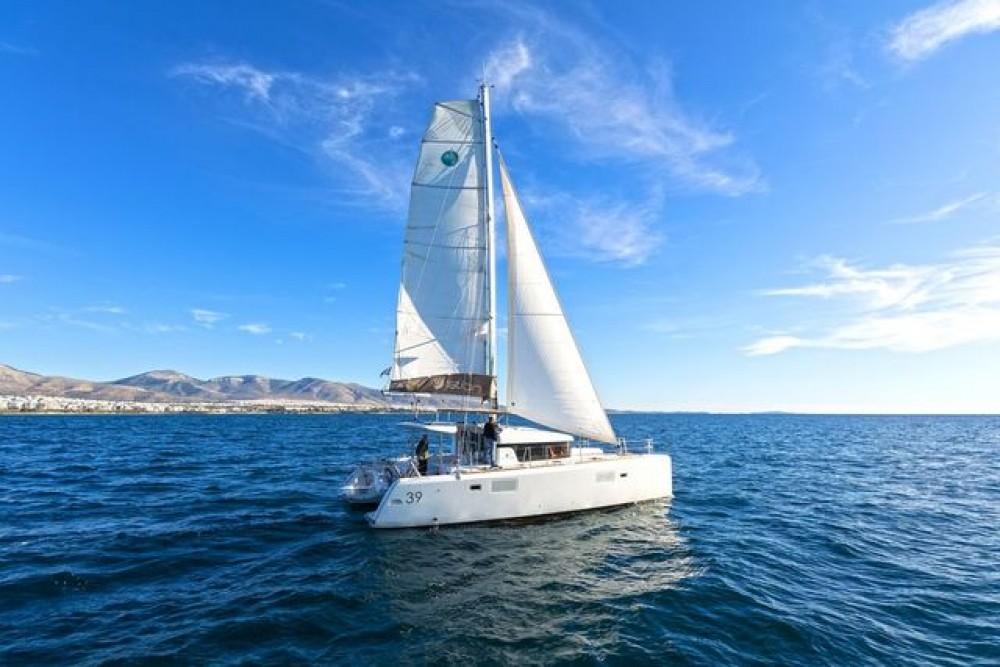 Rental Catamaran in Athens - Lagoon Catamaran Lagoon 39