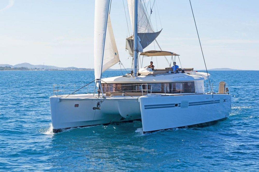 Boat rental Athens cheap Lagoon 450 F