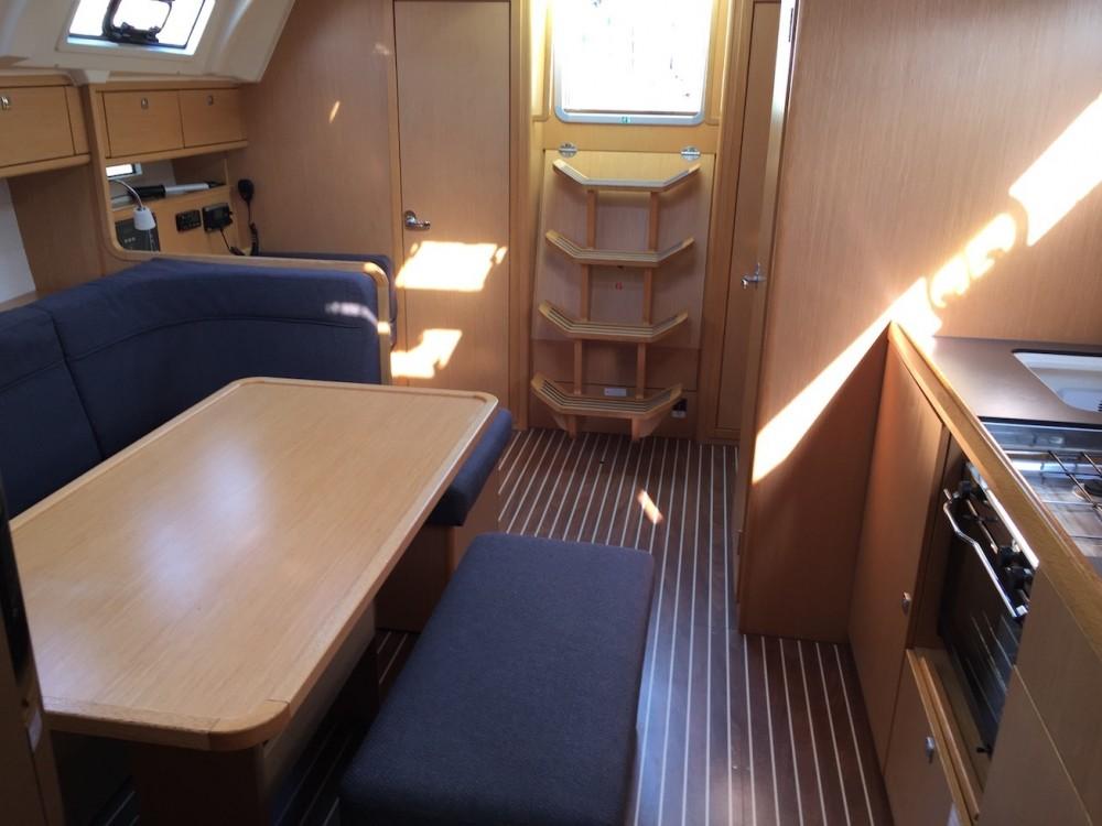 Bavaria Bavaria Cruiser 41 between personal and professional