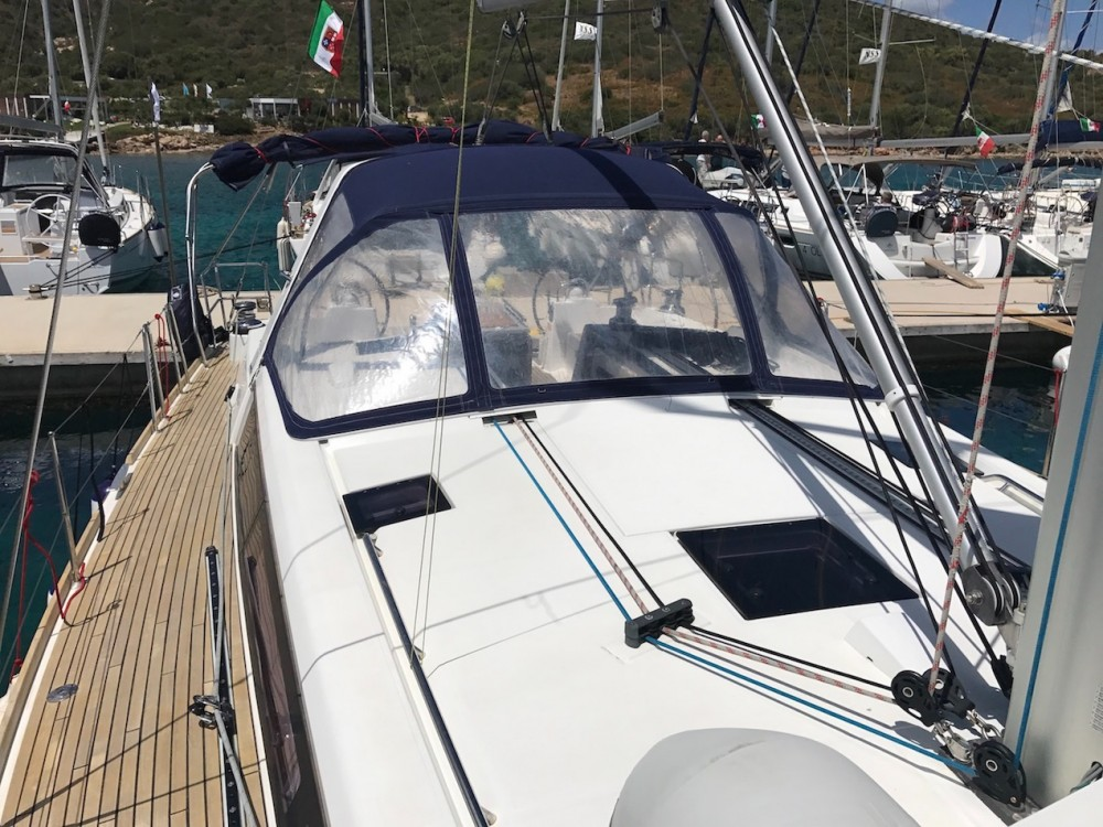 Rental Sailboat in Palma - Bénéteau Oceanis 48