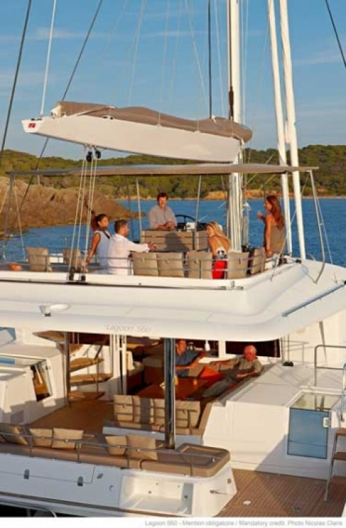 Boat rental Athens cheap Lagoon 560 S2