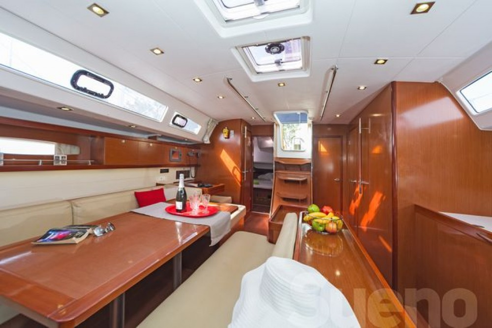 Oceanis 50 between personal and professional Athens