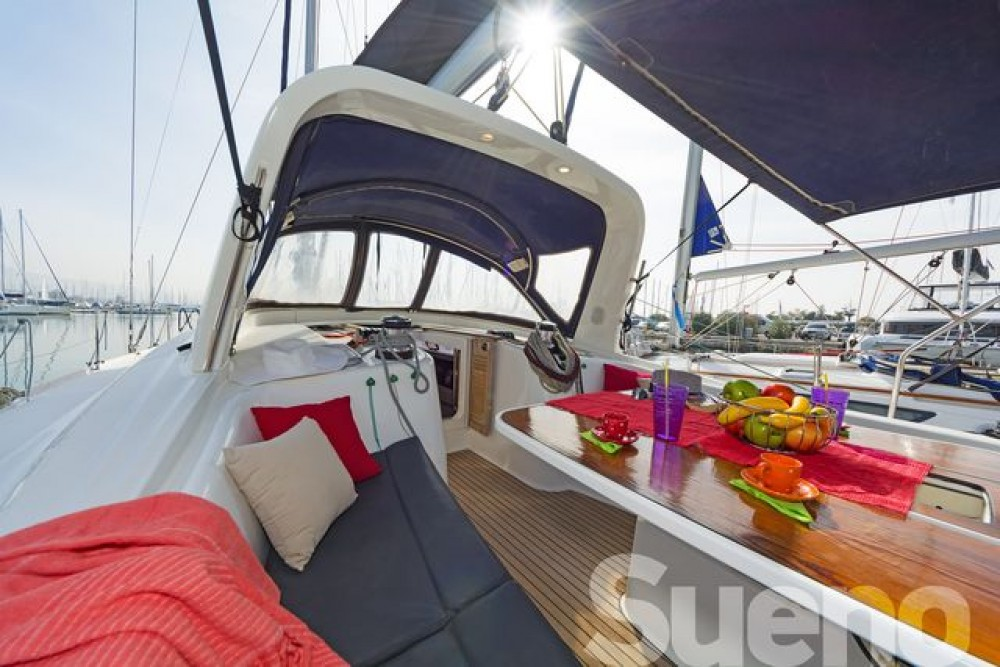 Boat rental Athens cheap Oceanis 50