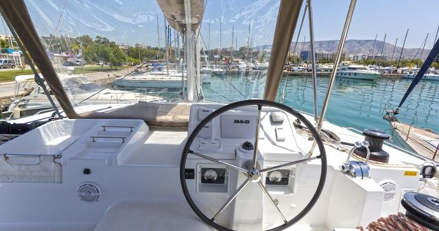 Hire Catamaran with or without skipper  Λαύριο
