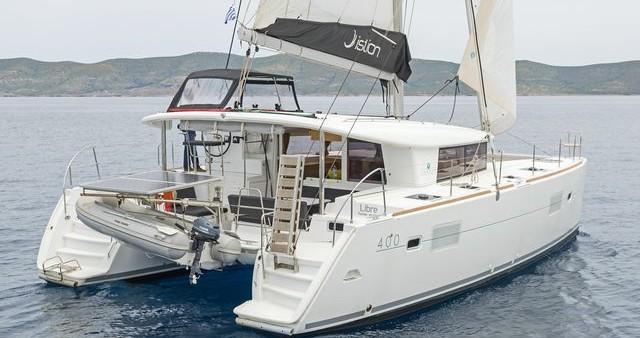 Rental yacht Λαύριο - Lagoon Lagoon 400 S2 on SamBoat