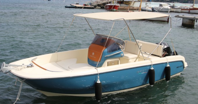 Rental Motorboat in Agay - Cantieri INVICTUS 200FX