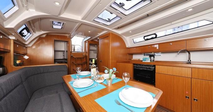 Rent a Bavaria Cruiser 41