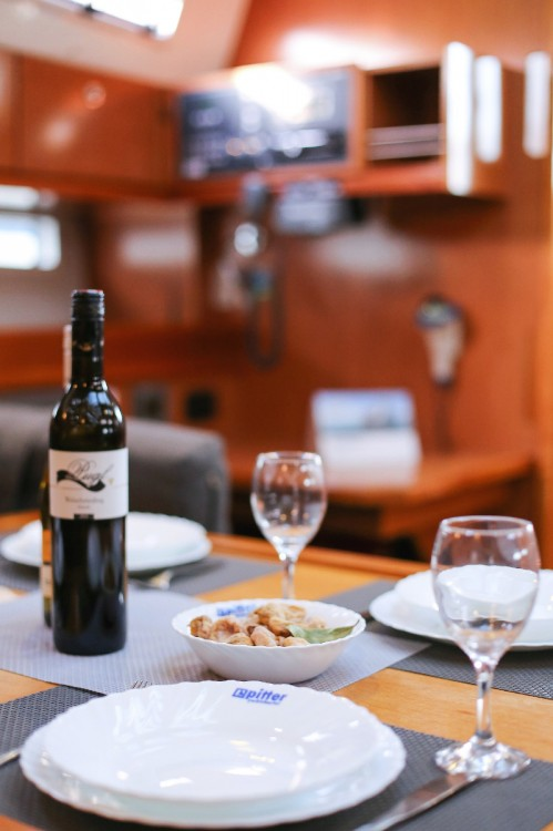 Rental yacht Grad Pula - Bavaria Cruiser 45 on SamBoat