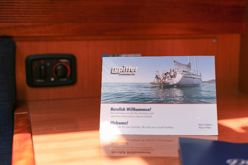 Boat rental Grad Pula cheap Cruiser 45