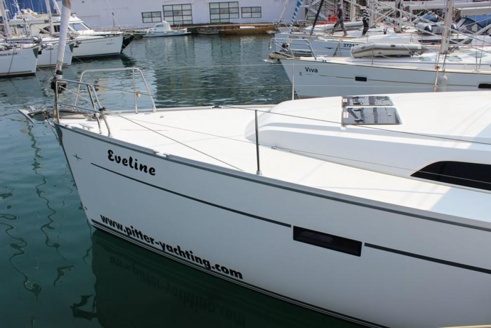 Rental yacht Jezera - Bavaria Cruiser 46 on SamBoat