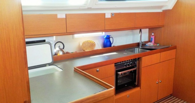 Hire Sailboat with or without skipper Bavaria Pirovac