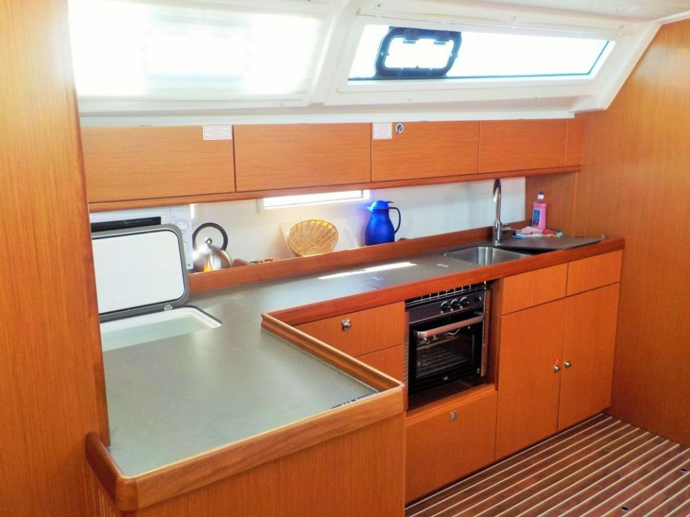 Boat rental  cheap Cruiser 46
