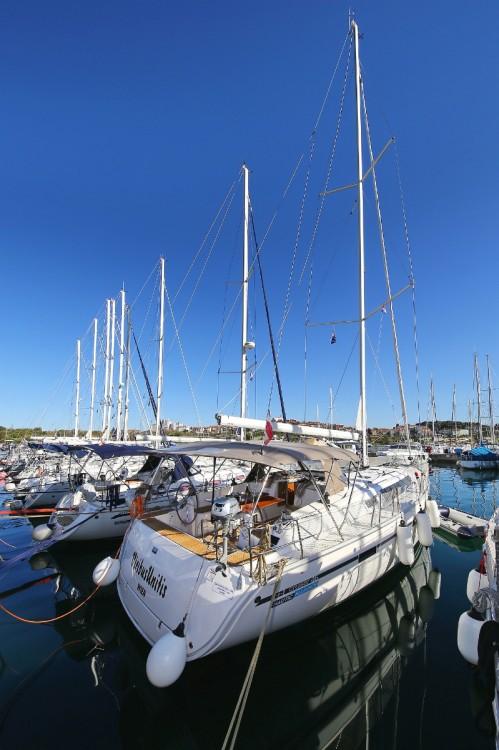 Boat rental Pula cheap Cruiser 46