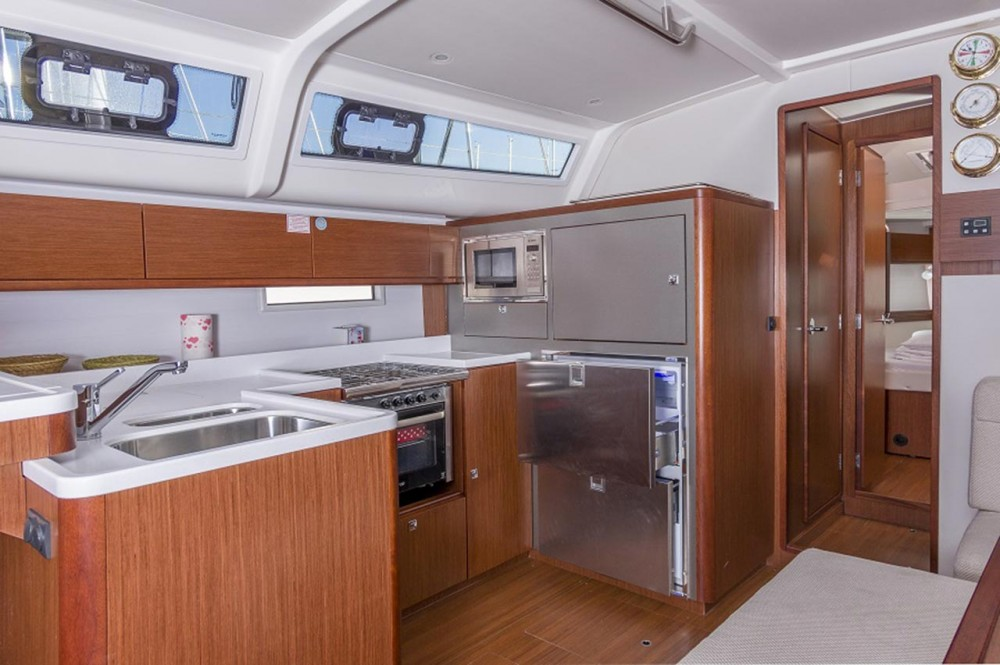 Rental yacht Croatia - Bavaria Cruiser 51 on SamBoat