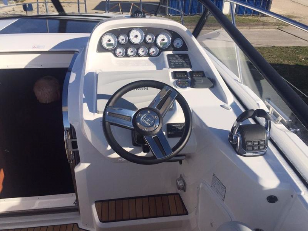 Hire Motor boat with or without skipper Bavaria Pirovac