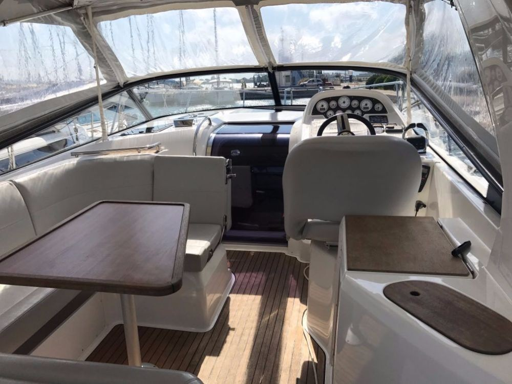 Bavaria Sport 32 between personal and professional Pirovac