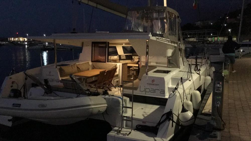 Rental Catamaran in  - Fountaine Pajot Fountaine Pajot Lucia 40