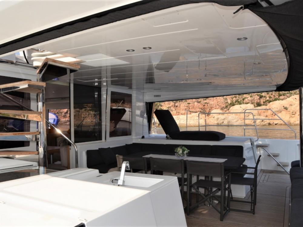 Boat rental Marina di Portisco cheap Lagoon 560